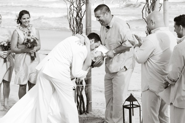 knots-landing-ocean-isle-nc-beach-real-wedding-10