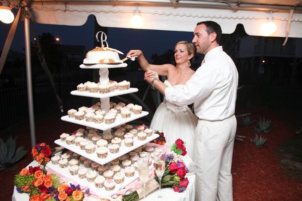 knots-landing-ocean-isle-nc-beach-real-wedding-24
