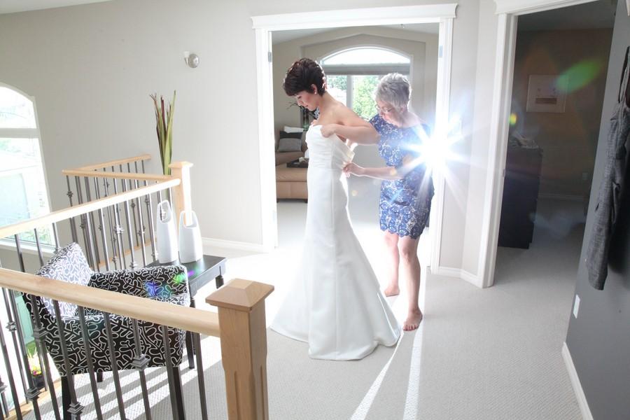 modern-edmonton-alberta-canada-real-weddings-3