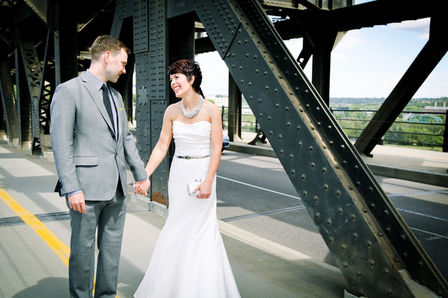 modern-edmonton-alberta-canada-real-weddings-8