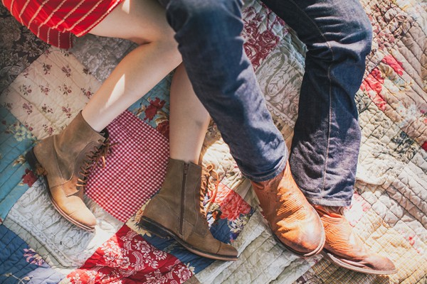 outdoor-dallas-texas-engagement-session-10