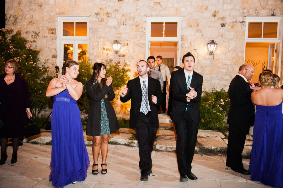rustic-country-le-san-michele-buda-texas-real-wedding-2-31