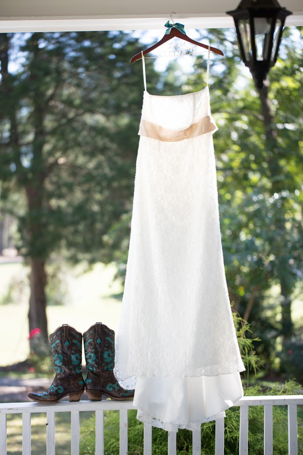 rustic-louisburg-north-carolina-real-weddings-4