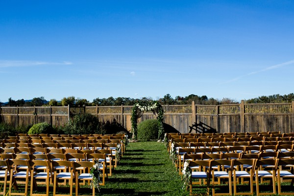 rustic-outdoors-santa-rosa-california-real-wedding-trendy-bride-13