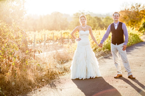 rustic-outdoors-santa-rosa-california-real-wedding-trendy-bride-32