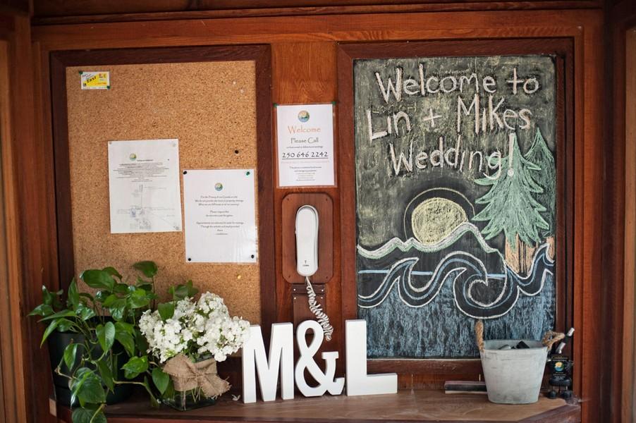 rustic-sooke-british-columbia-canada-real-wedding-ideas-2