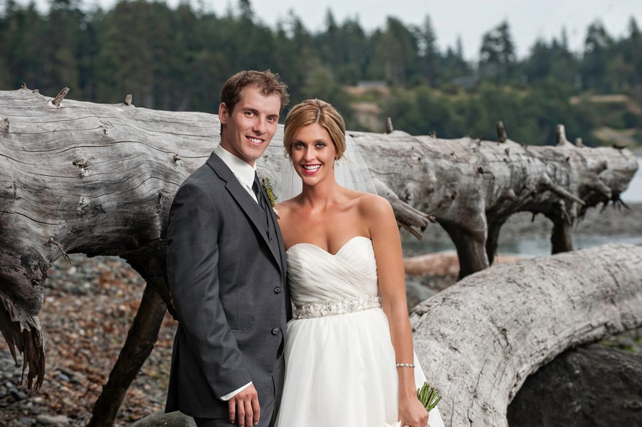 rustic-sooke-british-columbia-canada-real-wedding-ideas-34