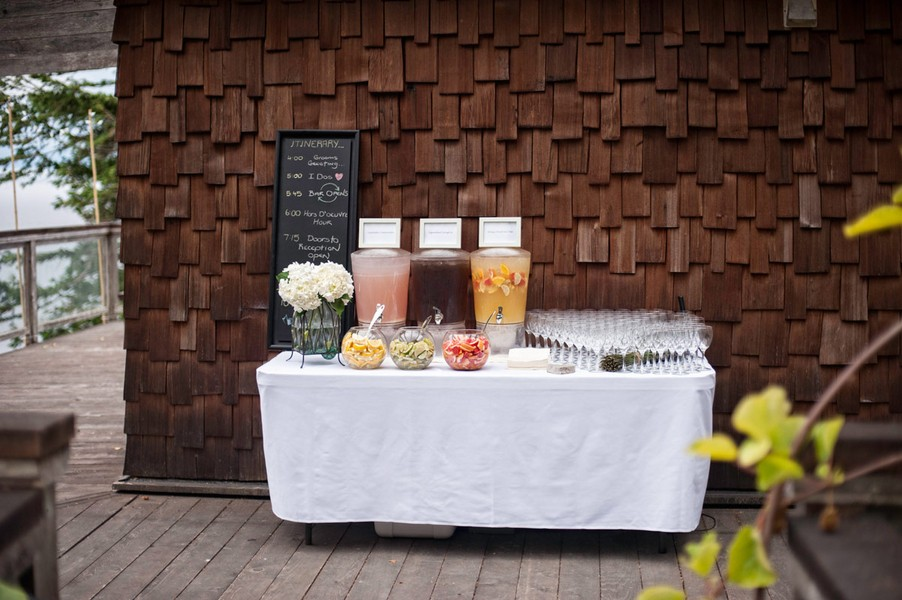 rustic-sooke-british-columbia-canada-real-wedding-ideas-9