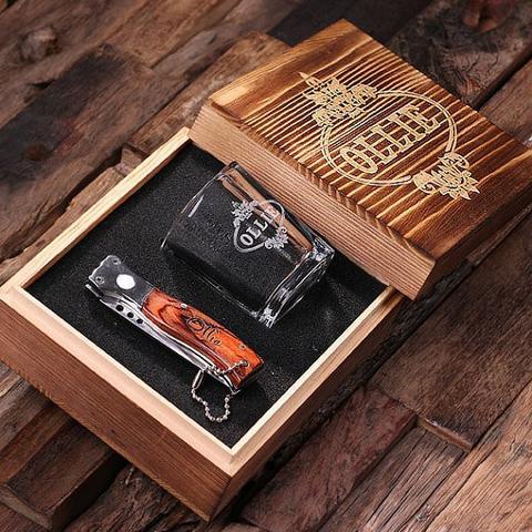 groomsmen-gifts-groom-gift-ideas-5.jpg