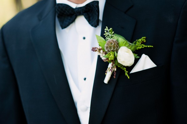 rustic boutonnierre
