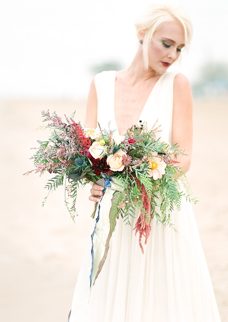 chicago-lakeside-wedding-inspiration-fine-art-10.jpg