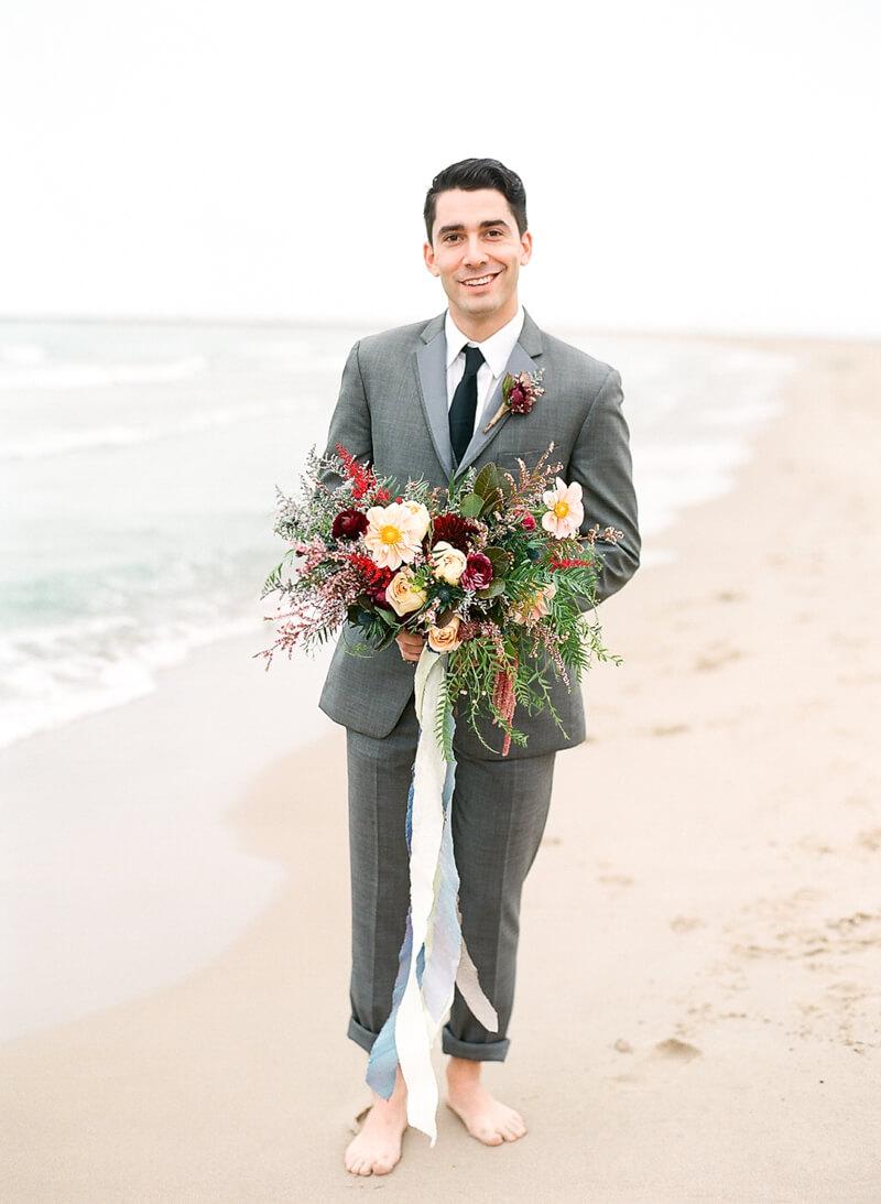 chicago-lakeside-wedding-inspiration-fine-art-13.jpg