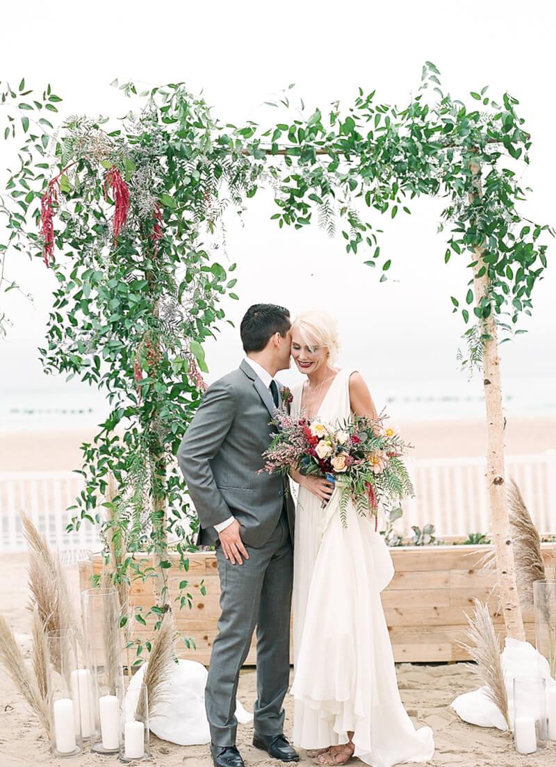 chicago-lakeside-wedding-inspiration-fine-art-3.jpg
