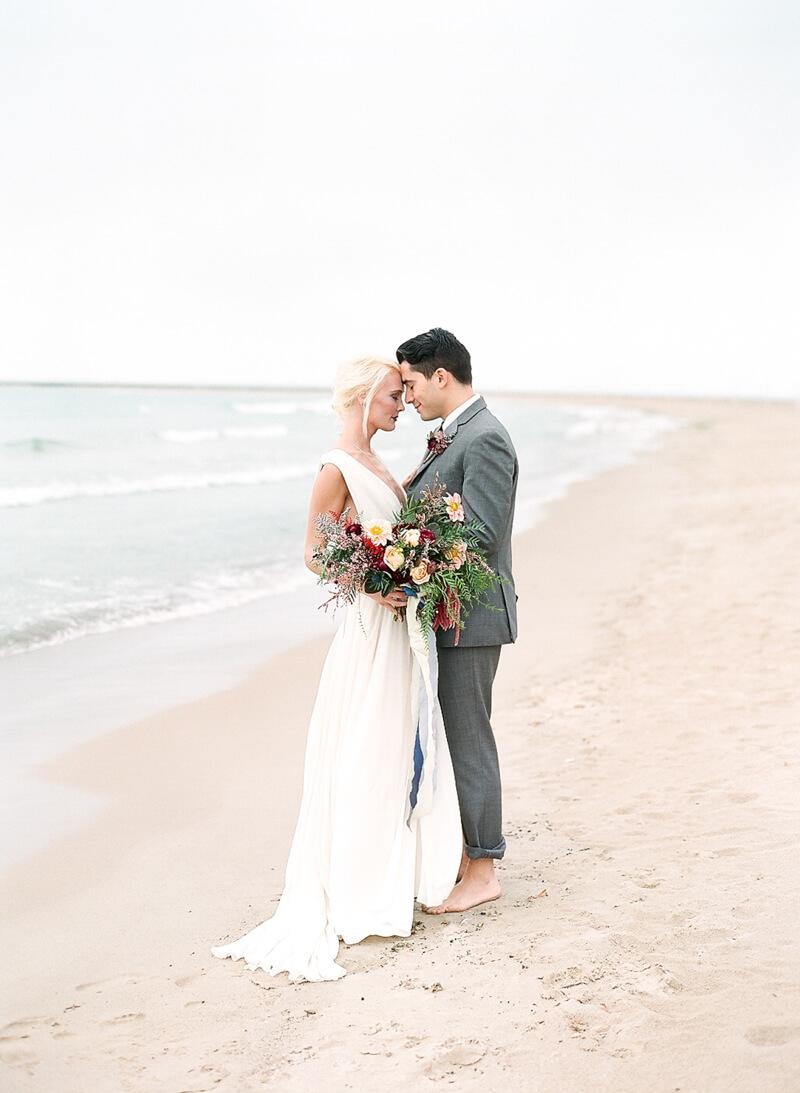 chicago-lakeside-wedding-inspiration-fine-art-17.jpg