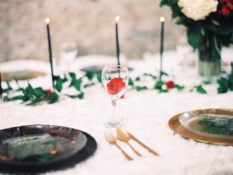 christmas-wedding-inspo-fine-art-film-photo-16.jpg