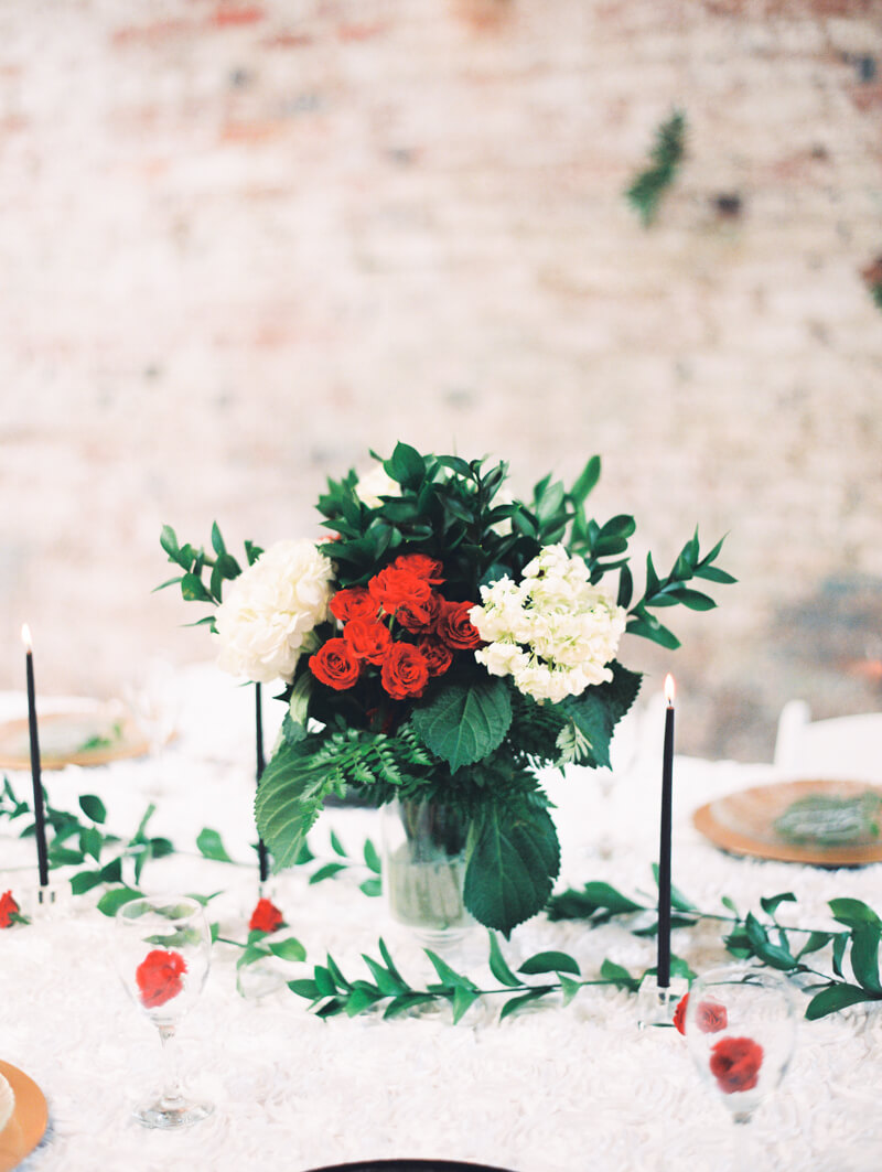 christmas-wedding-inspo-fine-art-film-photo-17.jpg