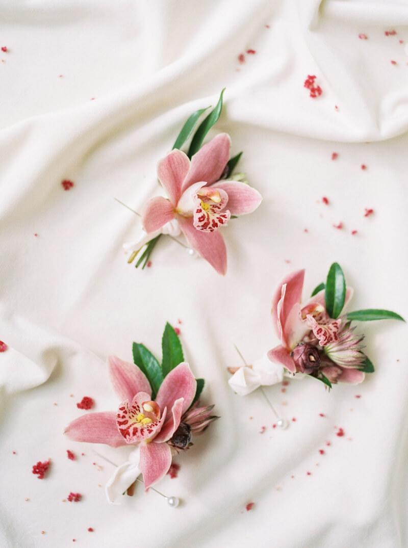 cassandra-ferguson-the-bachelor-wedding-shoot-3.jpg