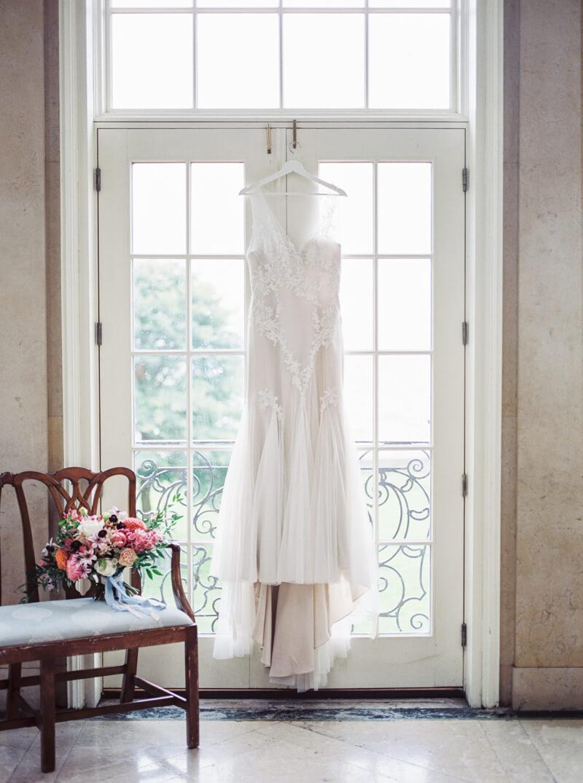 cassandra-ferguson-the-bachelor-wedding-shoot-7.jpg
