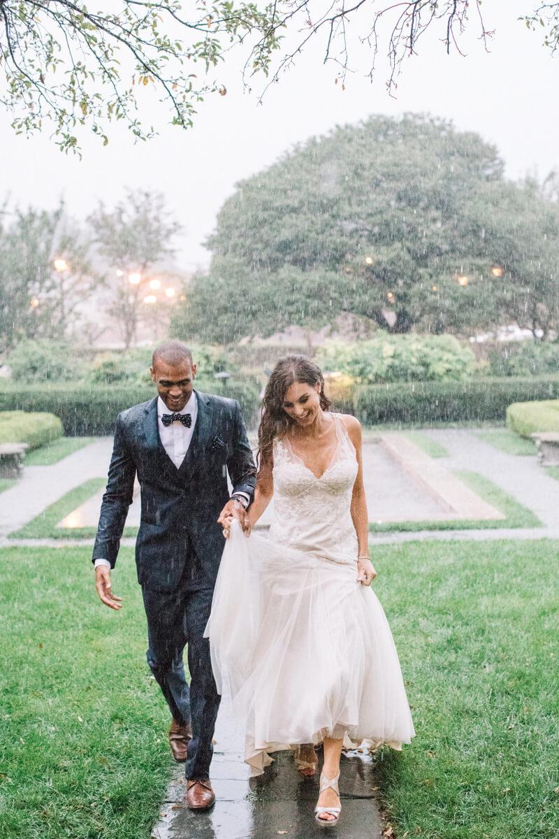 rainy-wedding-photography-fine-art-6.jpg