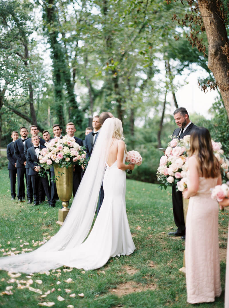 spain-ranch-wedding-tulsa-oklahoma-fine-art_-18.jpg