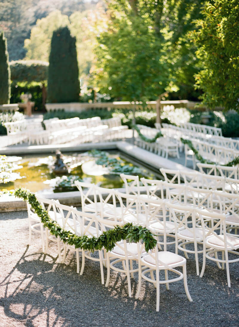 how-to-incorporate-greenery-into-your-wedding-5.jpg