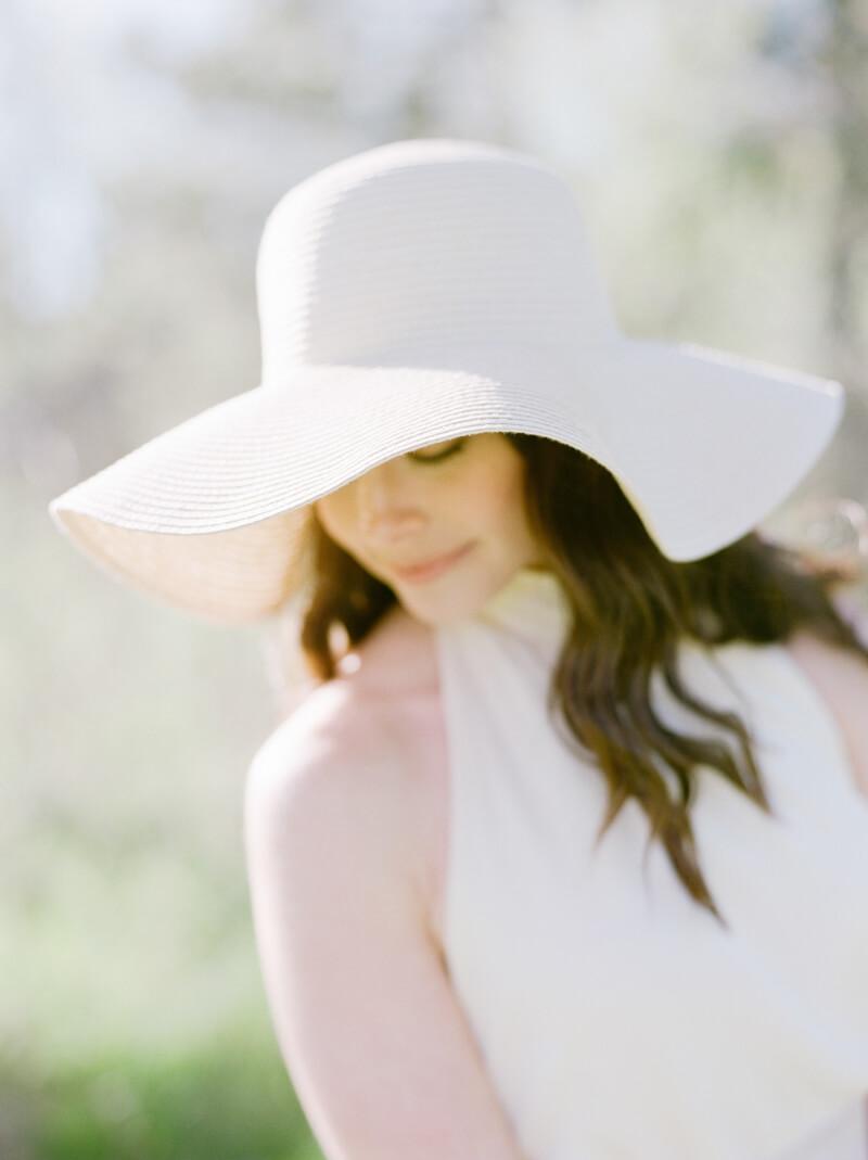 if-a-florist-weds-styled-shoot-fine-art-film-4.jpg