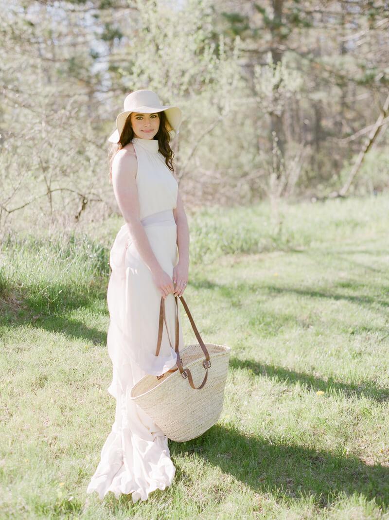 if-a-florist-weds-styled-shoot-fine-art-film-7.jpg