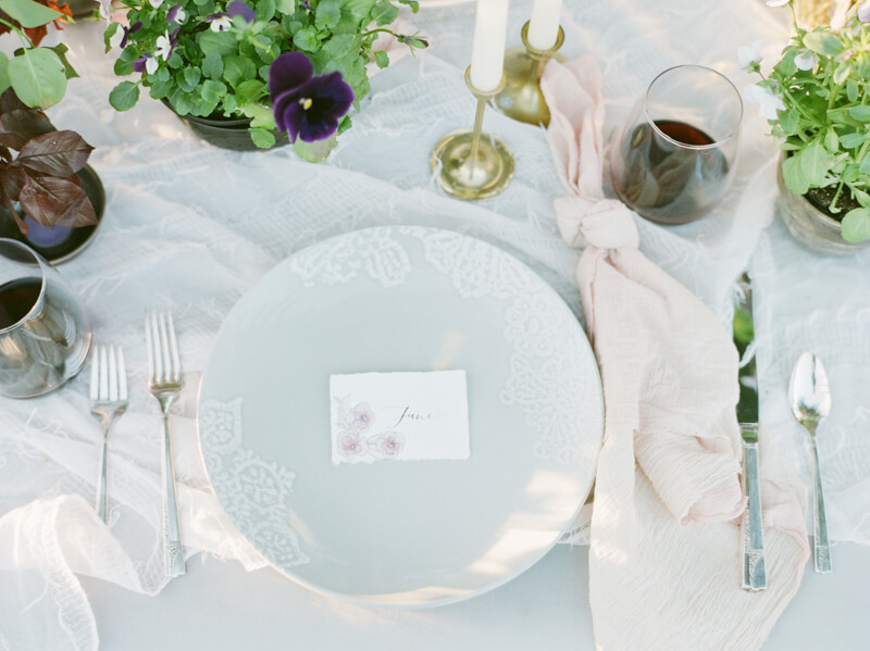 if-a-florist-weds-styled-shoot-fine-art-film-17.jpg