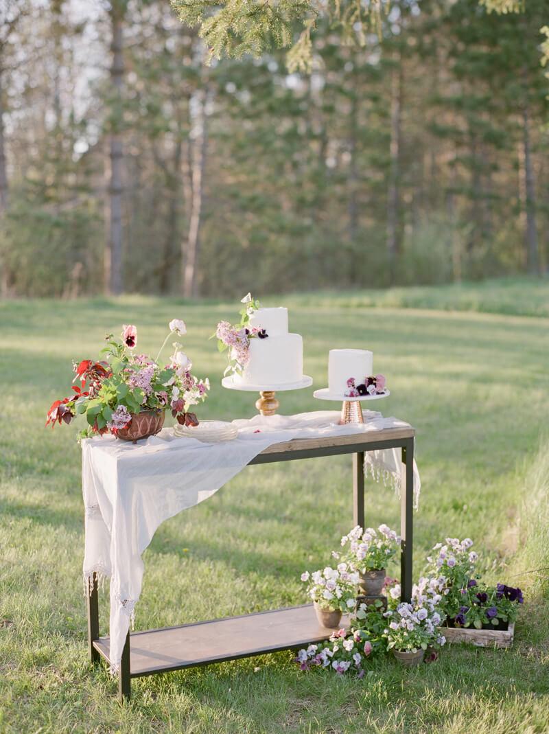 if-a-florist-weds-styled-shoot-fine-art-film-19.jpg