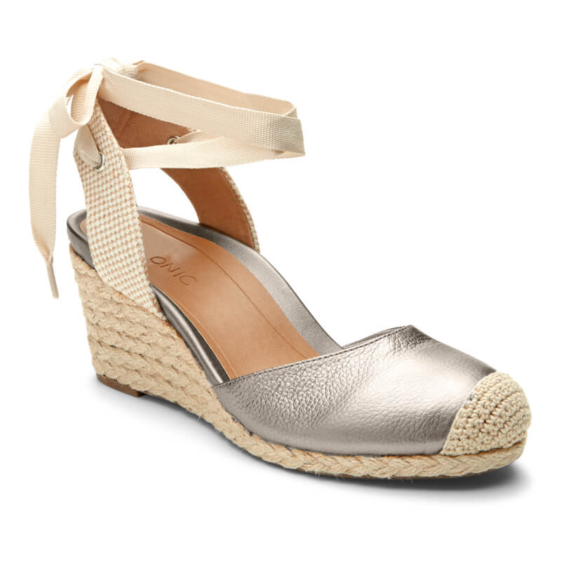wedding-wedges-for-brides-shoe-ideas.jpg