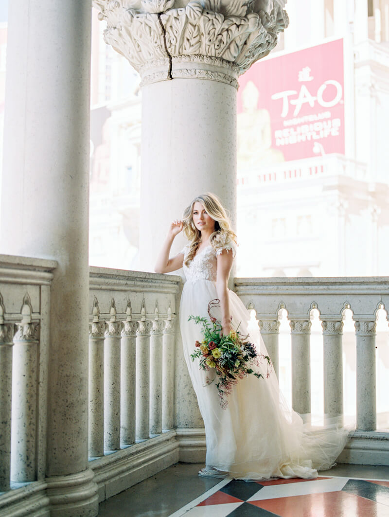 the-venetian-bridal-portraits-las-vegas-fine-art-2.jpg
