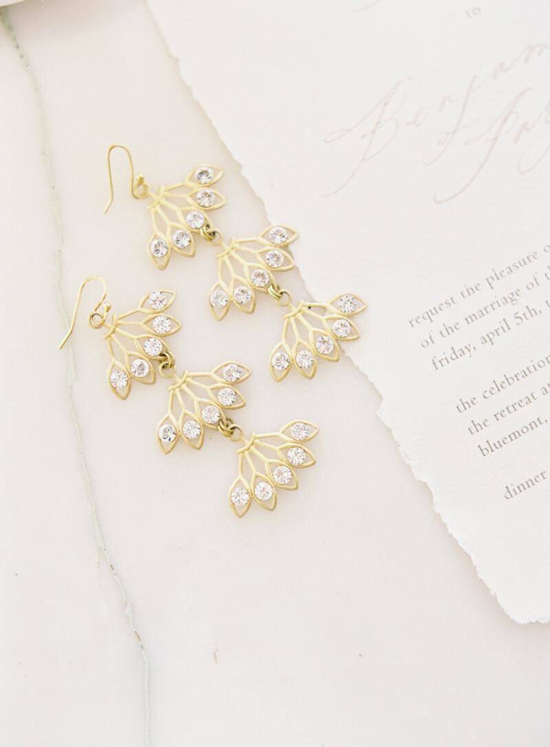wedding-earrings-that-wow-fine-art.jpg