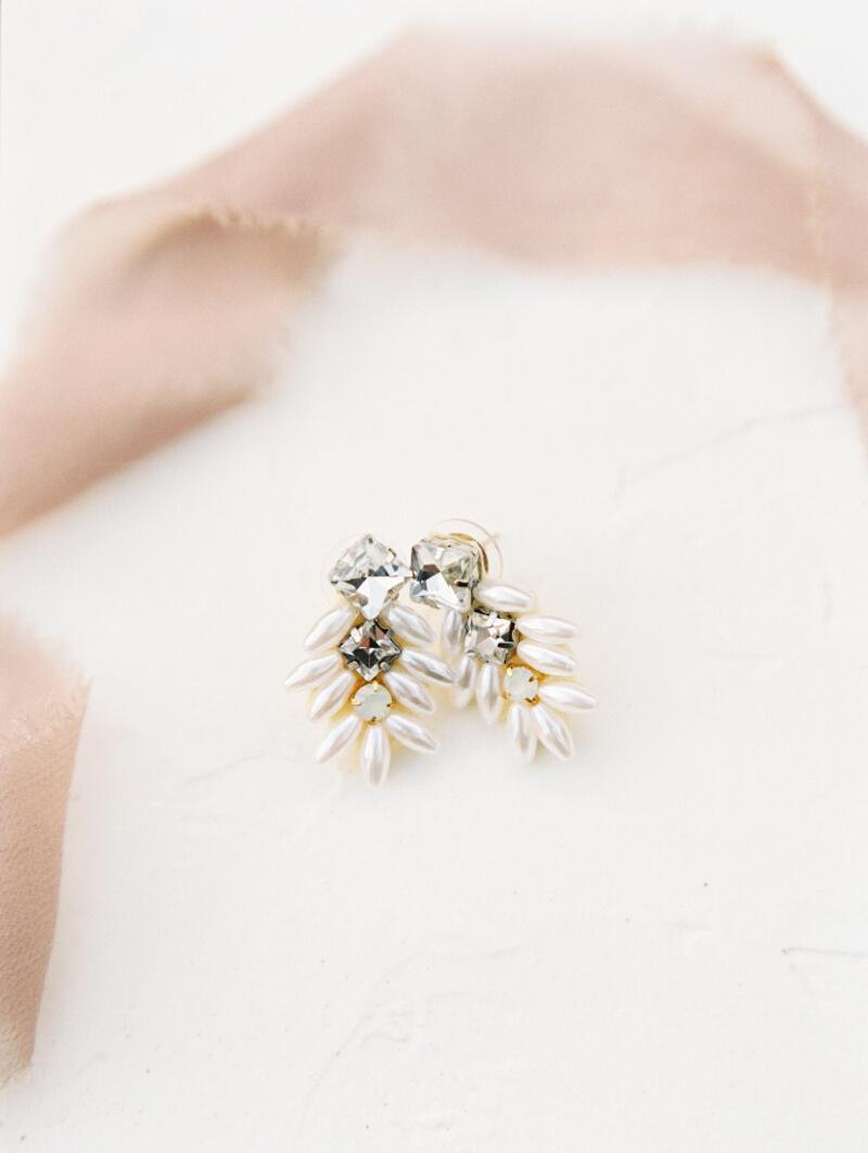 wedding-earrings-that-wow-fine-art-2.jpg