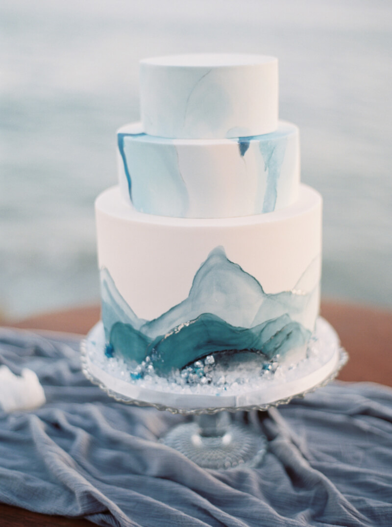 wedding-cake-ideas-for-trendy-brides-7.jpg