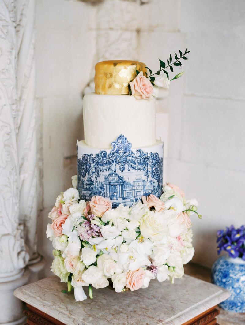 outside-the-box-wedding-cakes.jpg