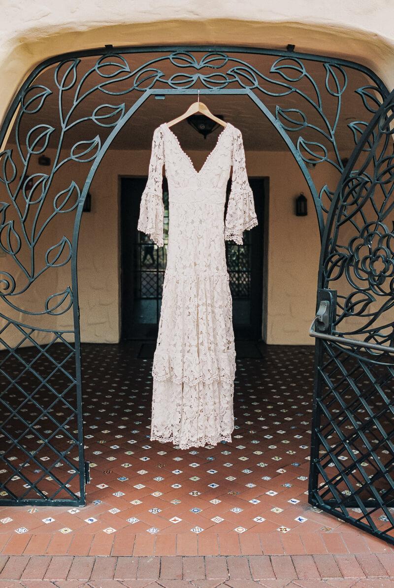 western-style-wedding-inspiration-fine-art-blog-2.jpg