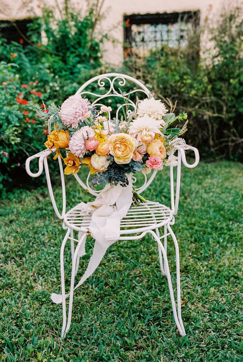 western-style-wedding-inspiration-fine-art-blog-4.jpg