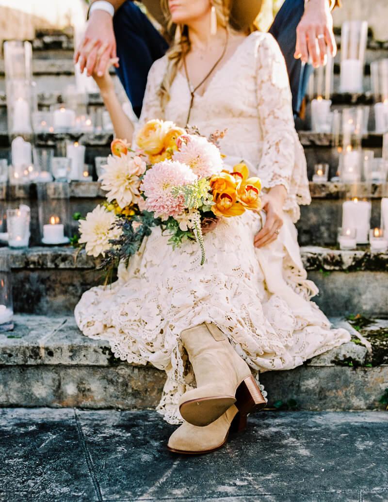 western-style-wedding-inspiration-fine-art-blog-11.jpg