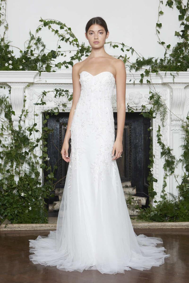 monique-lhuillier-fall-2018-wedding-dresses-11.jpg
