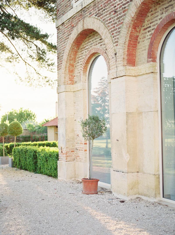burgundy-france-wedding-inspo-fine-art-film-12.jpg