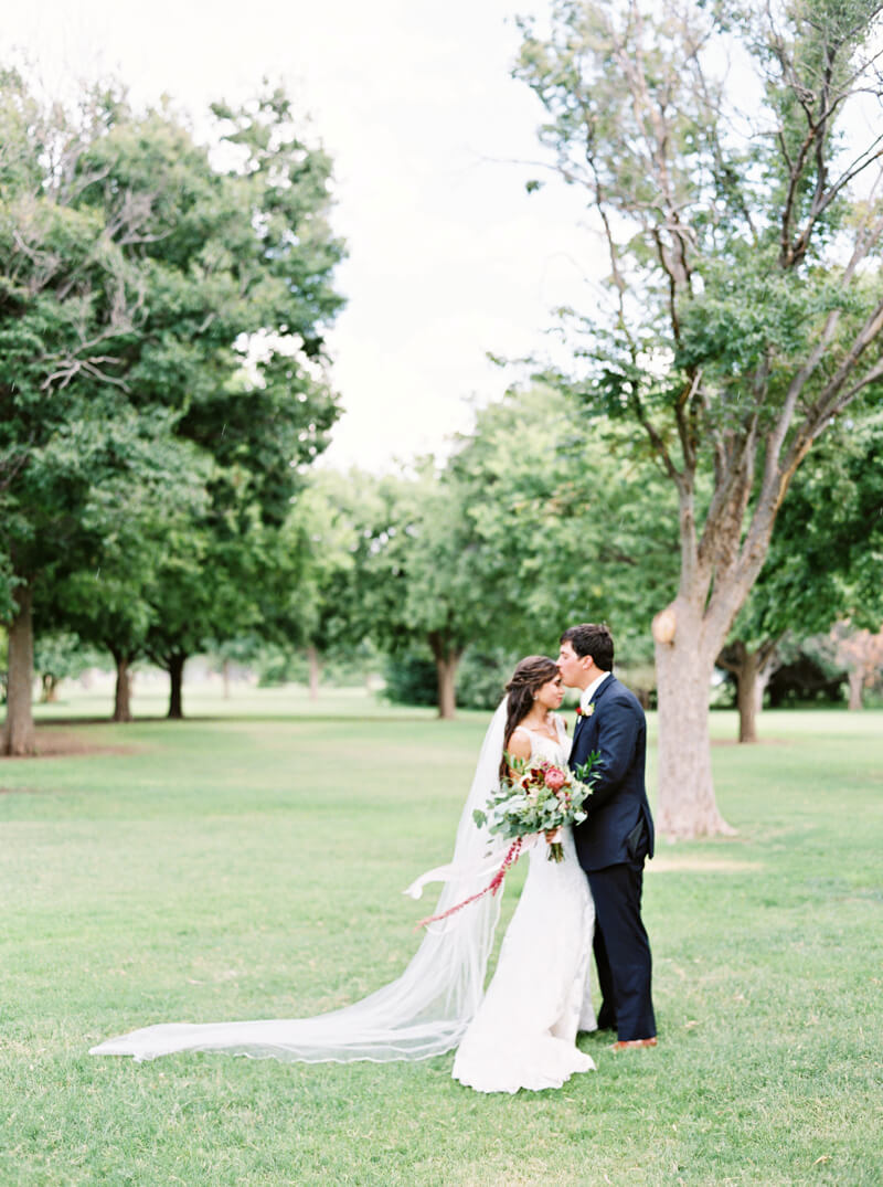 lubbock-texas-wedding-fine-art-film-photos-7.jpg