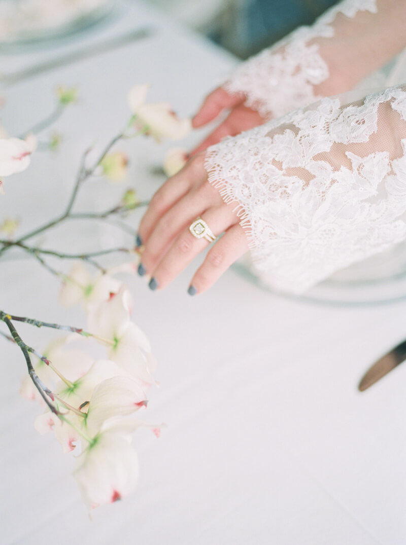 winter-inspired-wedding-inspo-fine-art-film-17.jpg