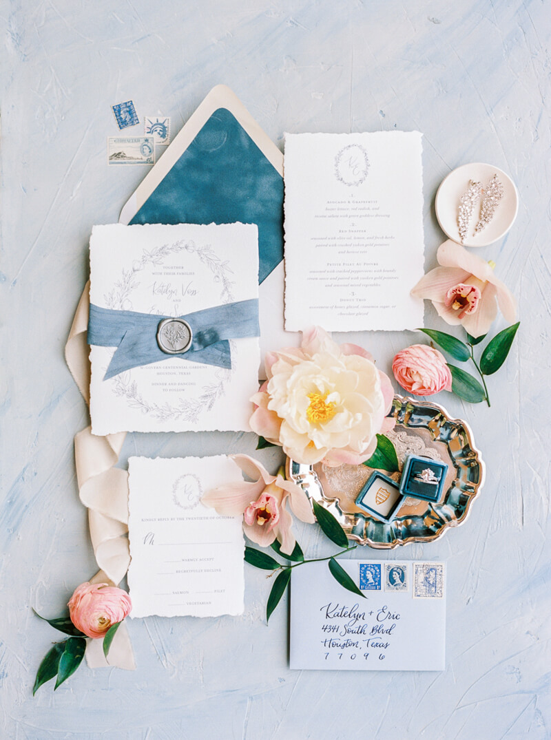 old-world-wedding-inspo-powel-crosley-estate.jpg