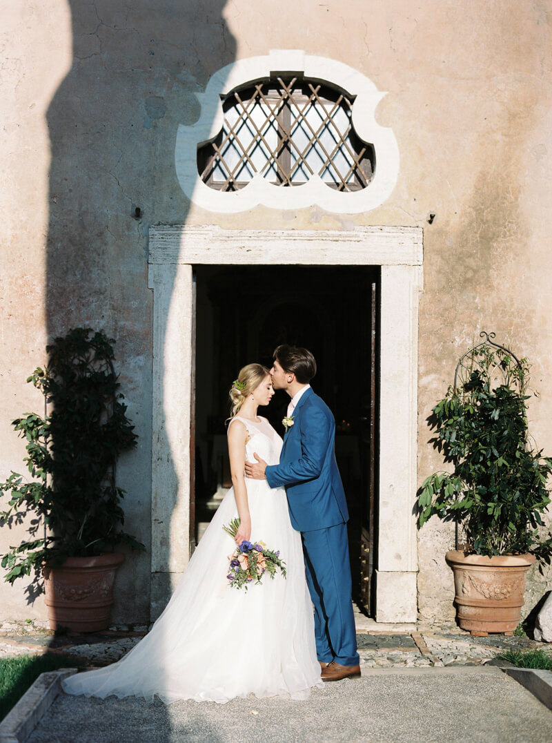 italy-styled-elopement-fine-art-wedding-13.jpg