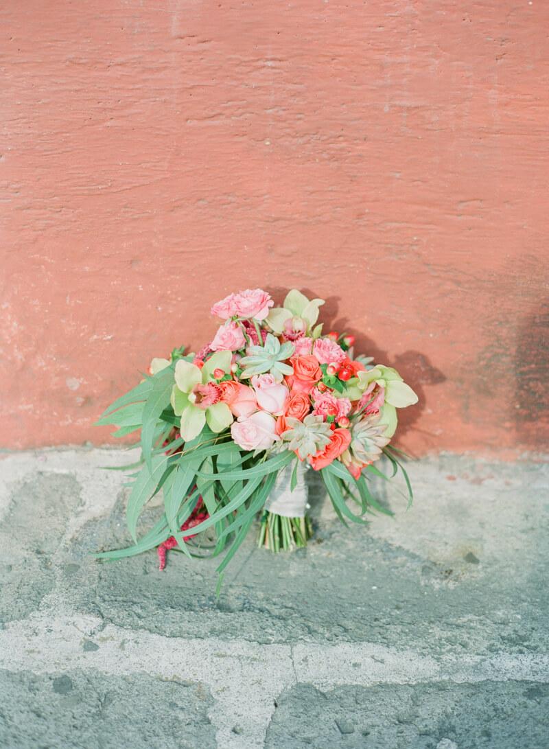 antigua-guatemala-wedding-fine-art-film-16.jpg