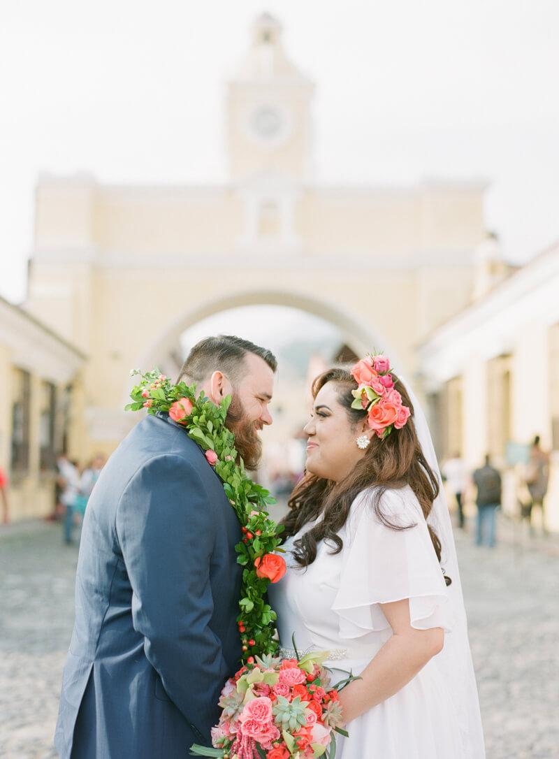 antigua-guatemala-wedding-fine-art-film-19.jpg