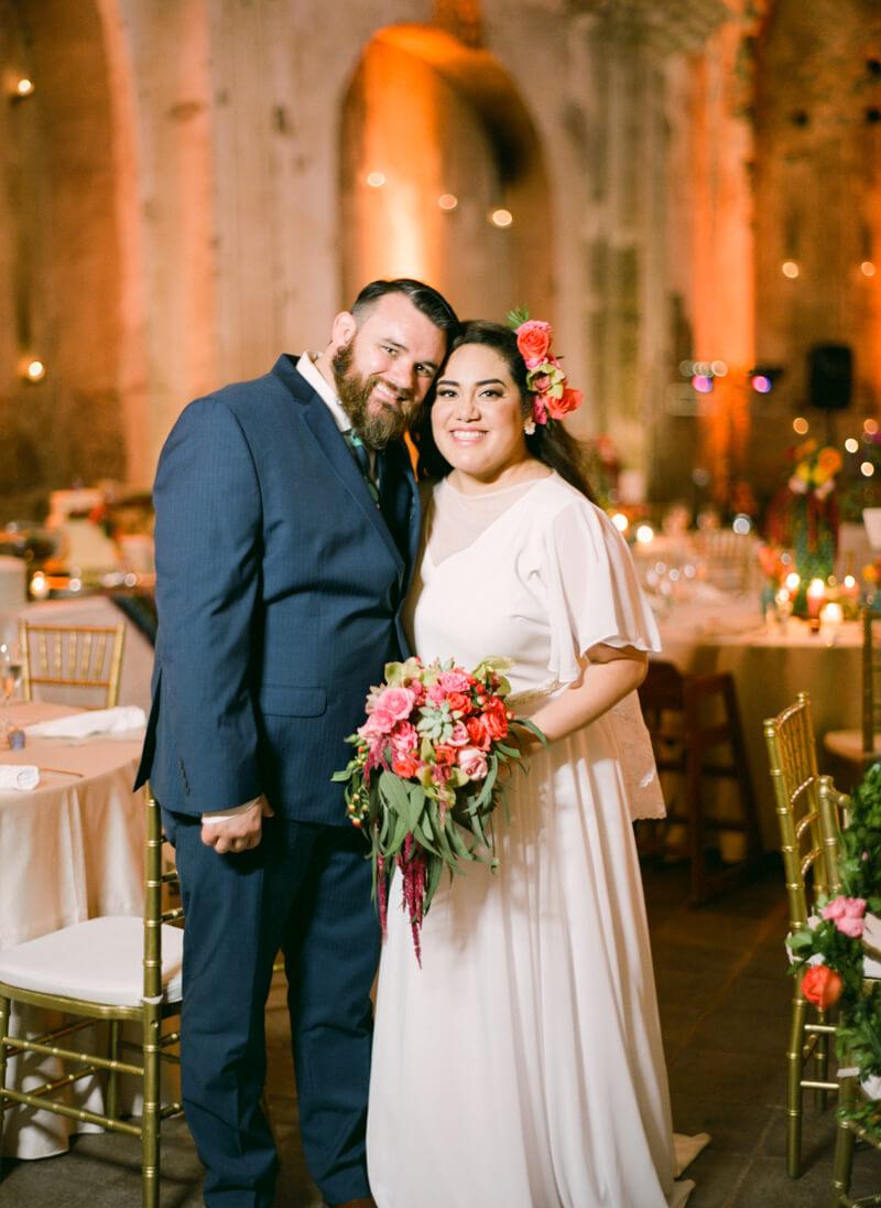 antigua-guatemala-wedding-fine-art-film-35.jpg
