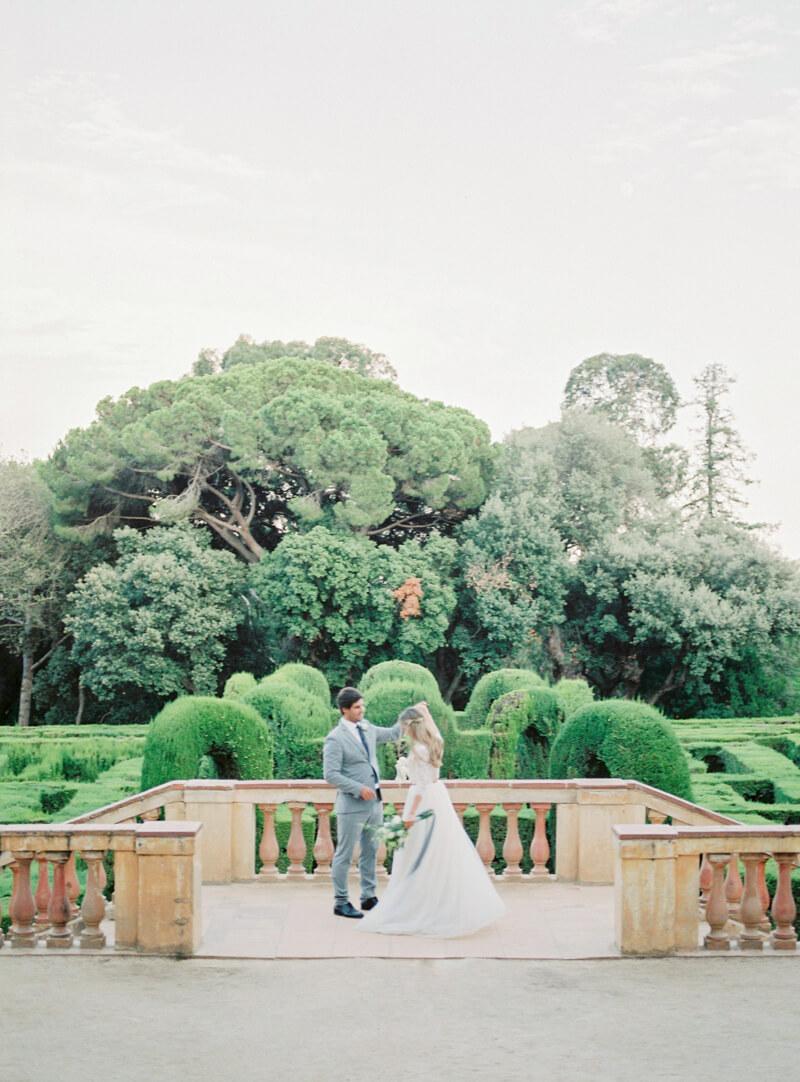 pre-wedding-photos-in-barcelona-spain-15.jpg