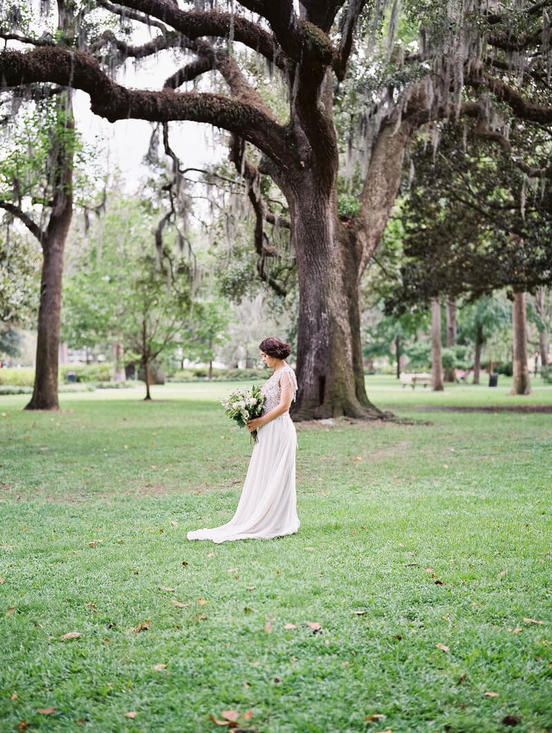 vintage-bridal-in-savannah-georgia-14.jpg