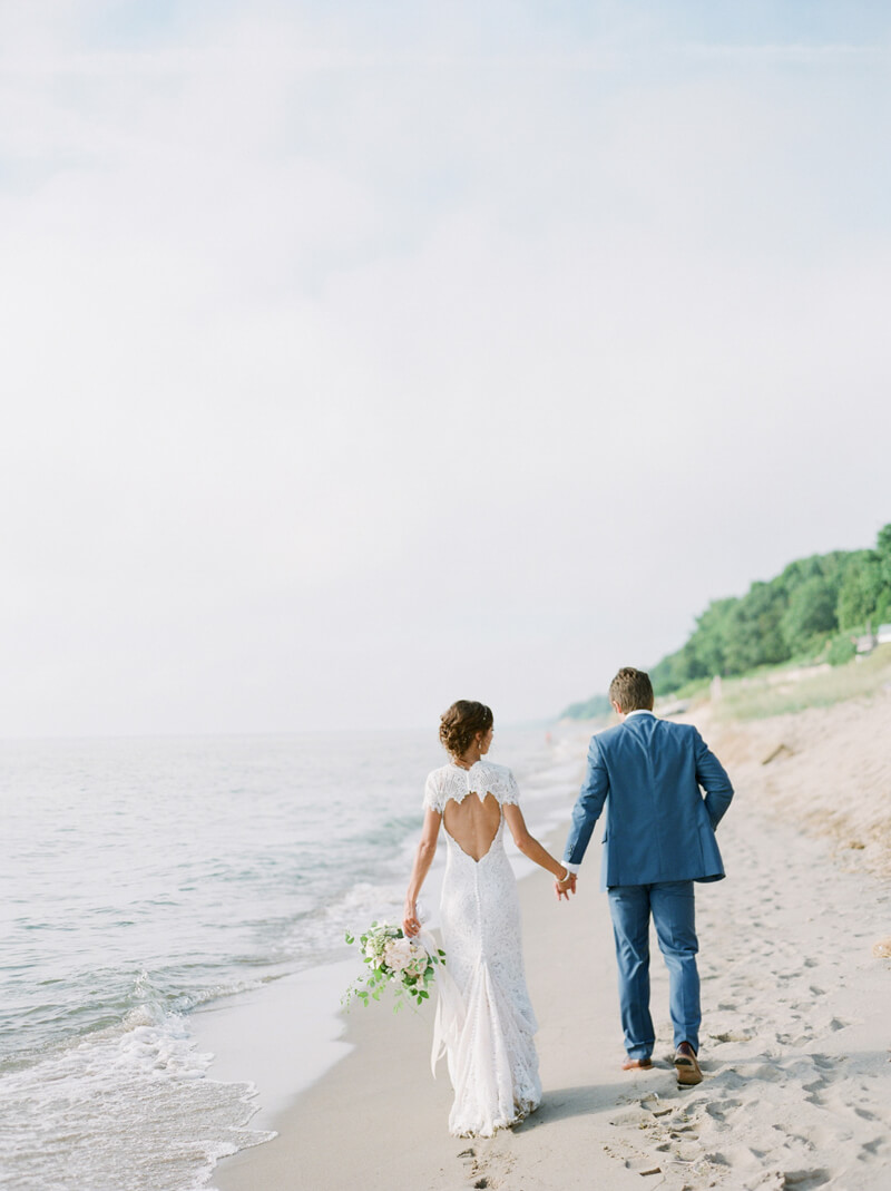 lake-michigan-beach-wedding-19.jpg